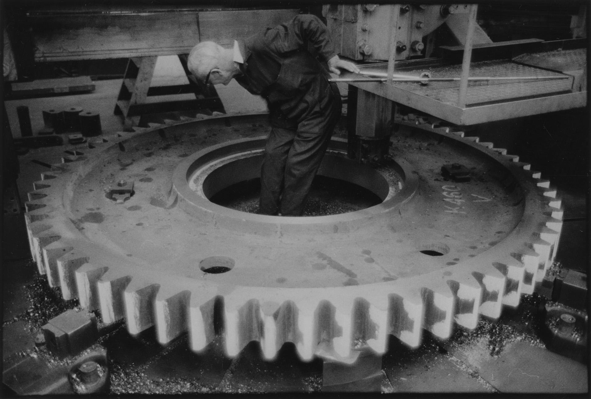 John Hendry, Turner, Boring & Facing Turning Wheel for Ships Main Engine; John G. Kincaid Engineer
