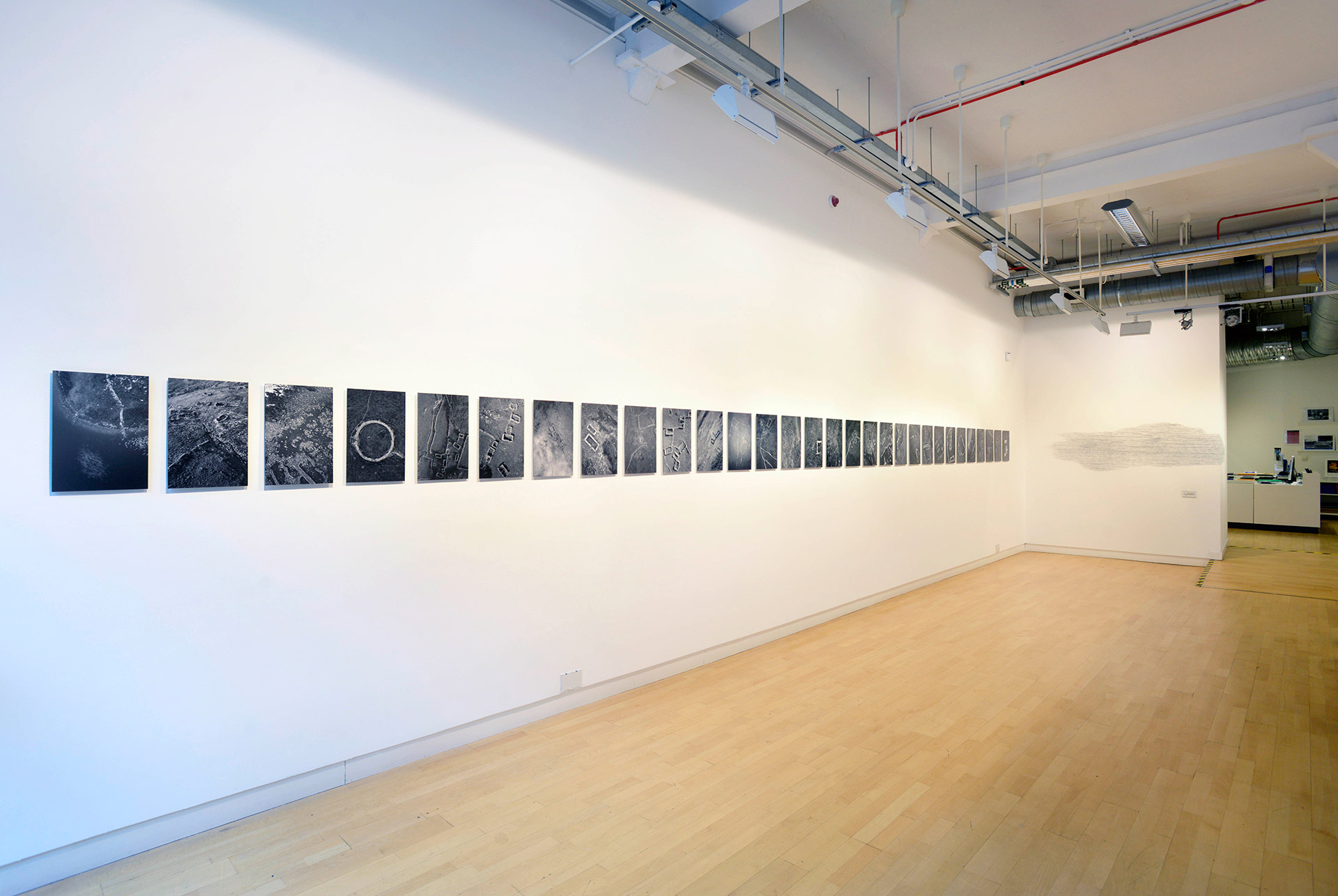 Frank McElhinney, Installation view